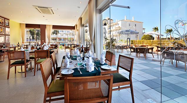 Oura Praia - Restaurant