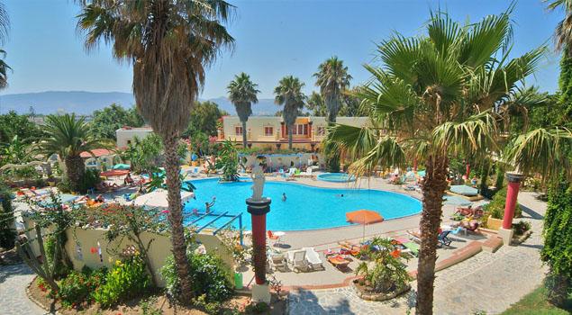 apollon-hotel-zwembad