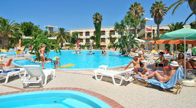 apollon-hotel-zwembad2