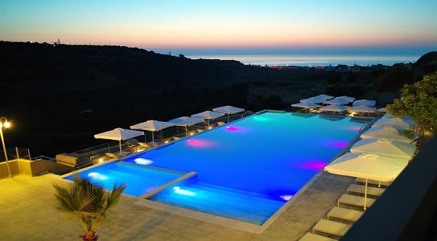 Zwembad night