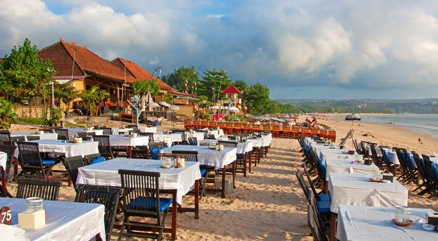 Romantisch dineren op Jimbaran Beach