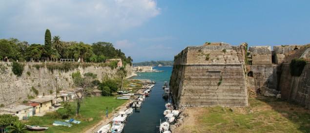 Corfu-oude-fort-635x272