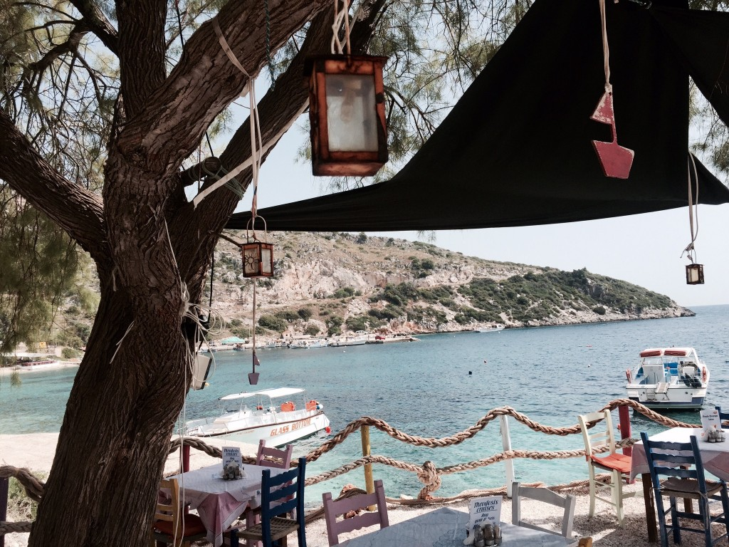 Taverna Porto in het vissersdorp Agios Nikolaos 2
