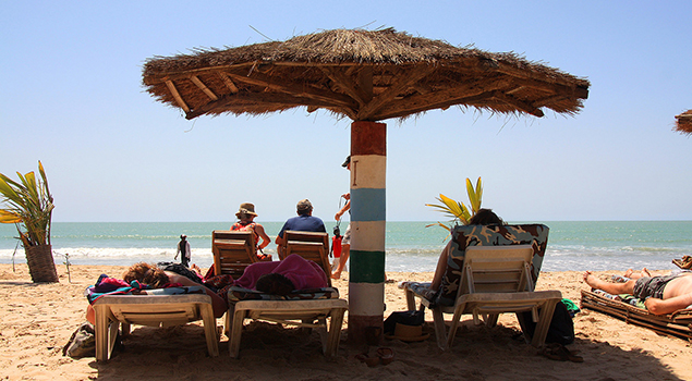 Rainbow Beach in Gambia - Mooi weer in april