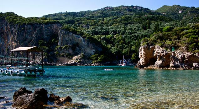 Strand bij Paleokastritsa