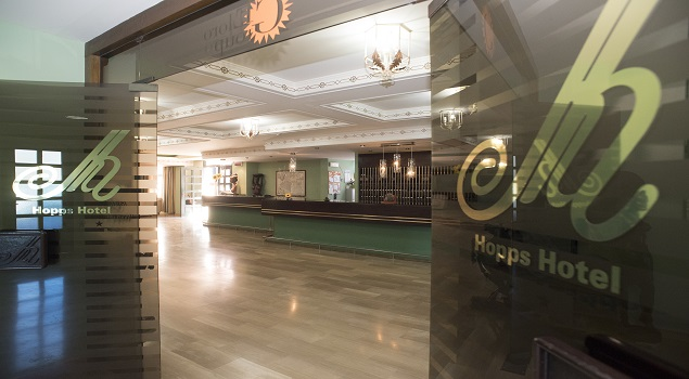 Lobby Hopps Hotel